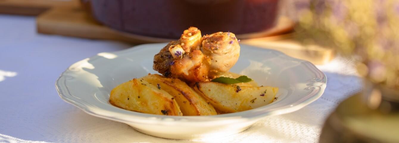Χοιρινό κρασολεμονάτο με μέλι ελληνικής παραγωγής